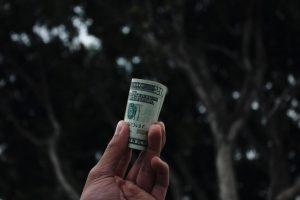 ¿Tienes problemas de tiempo y dinero? Toma el control de tu dinero con este regalo
