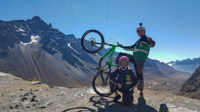 Carretera de la Muerte en La Paz Bolivia