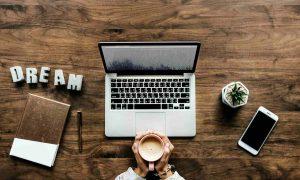 Emprender un Negocio Online: ¿Por qué y cómo empezar uno para construir tu vida ideal?