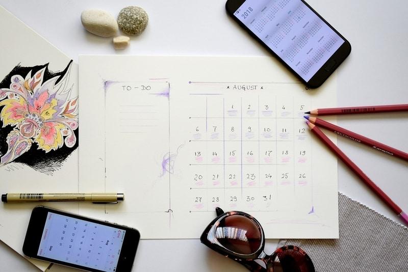 calendario días festivos - como salir de vacaciones varias veces