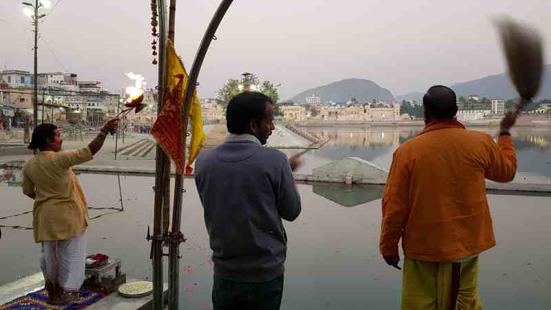 ceremonia aarti pushkar