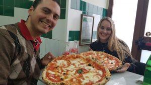 la mejor pizza en Nápoles - mejores cosas que hacer en Nápoles