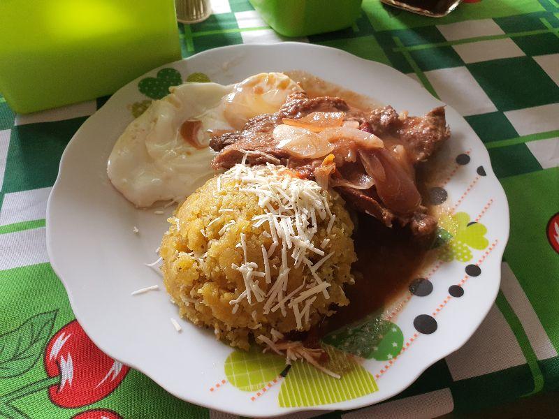comidas típicas en Trinidad Beni - desayuno beniano